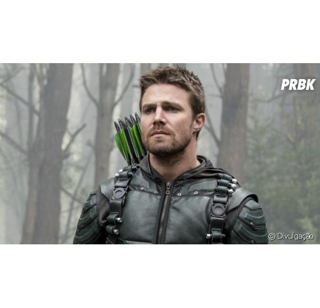 """Em """"Arrow"""", Stephen Amell diz que quase não interpretou Oliver Queen!"""