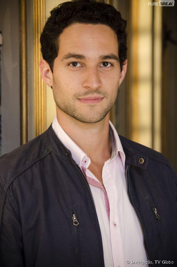 """Em """"Boogie Oogie"""", Rafael (Marco Pigossi) vai sofrer um acidente de carro com Alex (Fernando Belo), o noivo de Sandra (Ísis Valverde)"""