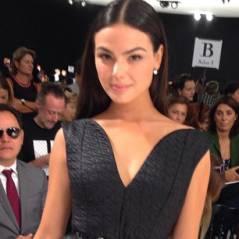 Isis Valverde é convidada especial de desfile da Dior, em Paris, na França!