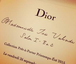 Isis Valverde foi convidada brasileira do desfile da Dior, em Paris, na França