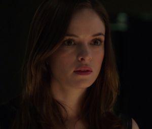 """Em """"The Flash"""", Caitlin (Danielle Panabaker) vai conhecer seu pai no próximo episódio da série"""