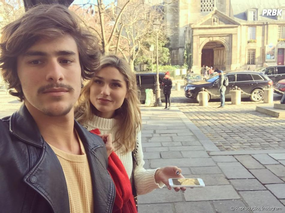Bruno Montaleone faz Stories concordando que a namorada, Sasha Meneghel, é a cara de Hailey Baldwin