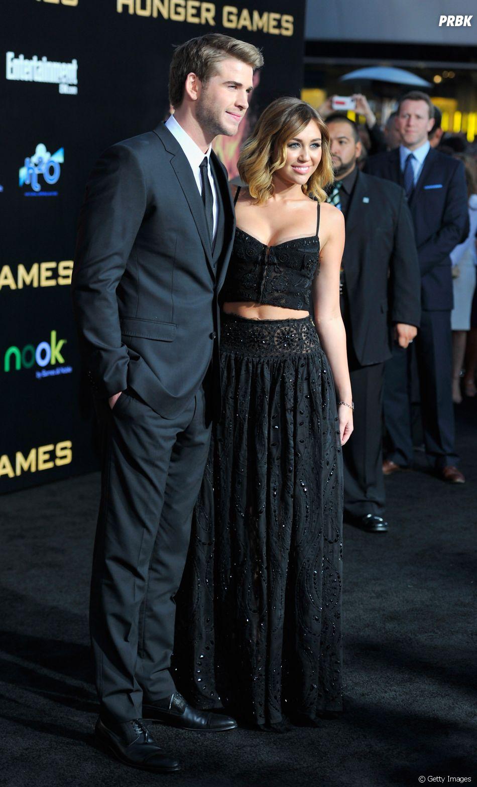 Após incêndio, Miley Cyrus e Liam Hemsworth se casam em cerimônia pequena no Tennessee