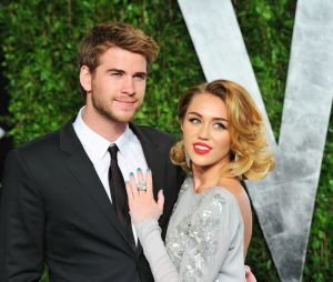 Miley Cyrus divulga fotos do casamento com Liam Hemsworth
