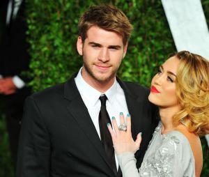 Miley Cyrus ficou linda vestida de noiva