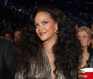 Um novo álbum de Rihanna está chegando