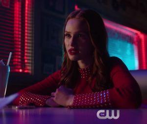 """Em """"Riverdale"""": Toni (Vanessa Morgan) e Cheryl (Madelaine Petsch) estão no maior clima no teaser do próximo episódio"""