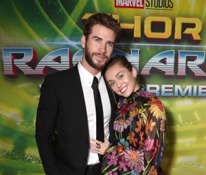 Miley Cyrus e Liam Hemsworth não estão esperando o primeiro bebê