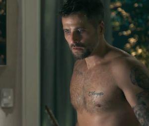 """Bruno Gagliasso fica pelado em cena importante de """"O Sétimo Guardião"""""""