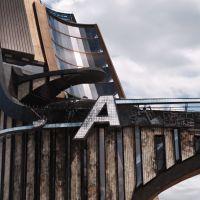 "De ""Os Vingadores 2"": Robert Downey Jr. ganha letra ""A"" da Avengers Tower"