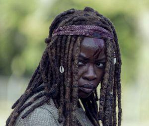 """Em """"The Walking Dead"""": cena de luta de Michonne (Danai Gurira) deixa os fãs chocados"""