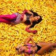 """Anitta libera imagens de """"Banana"""", nova música do disco """"Kisses"""""""