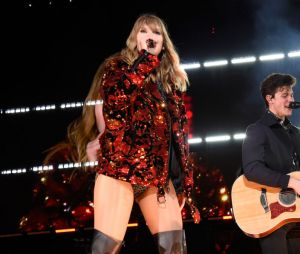 Taylor Swift é eleita a celebridade mais influente de 2019 pela revista Time e ganha carta de Shawn Mendes