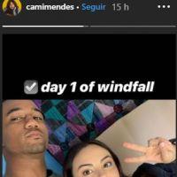 """Camila Mendes, de """"Riverdale"""", compartilha foto do primeiro dia de gravações do seu novo filme"""