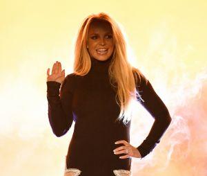 Britney Spears teria sido obrigada à força pelo seu pai, diz TMZ
