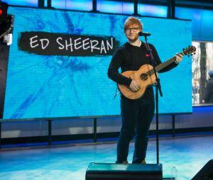 """O novo EP de Ed Sheeran """"N.6 Collaborations Project"""" tem 15 faixas com participações secretas"""