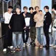 """BTS lançou nesta sexta (28) o clipe de """"Heartbeat"""" e liberou a trilha sonora de """"BTS World"""""""