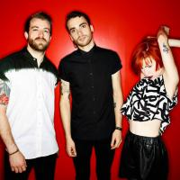 "Paramore lança clipe para o novo single ""Daydreaming""!"