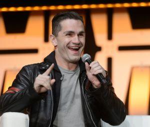 """Em """"Riverdale"""",Sam Witwer será o misterioro Sr. Chipping e terá ligação direta com Jughead (Cole Sprouse)"""