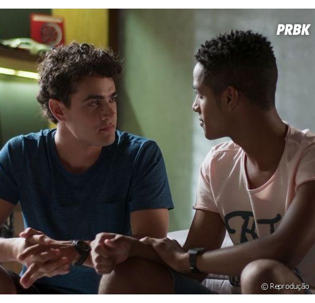 """""""Malhação"""": beijo entreGuga (Pedro Alves) e Serginho (João Pedro Oliveira) é confirmado por ator"""