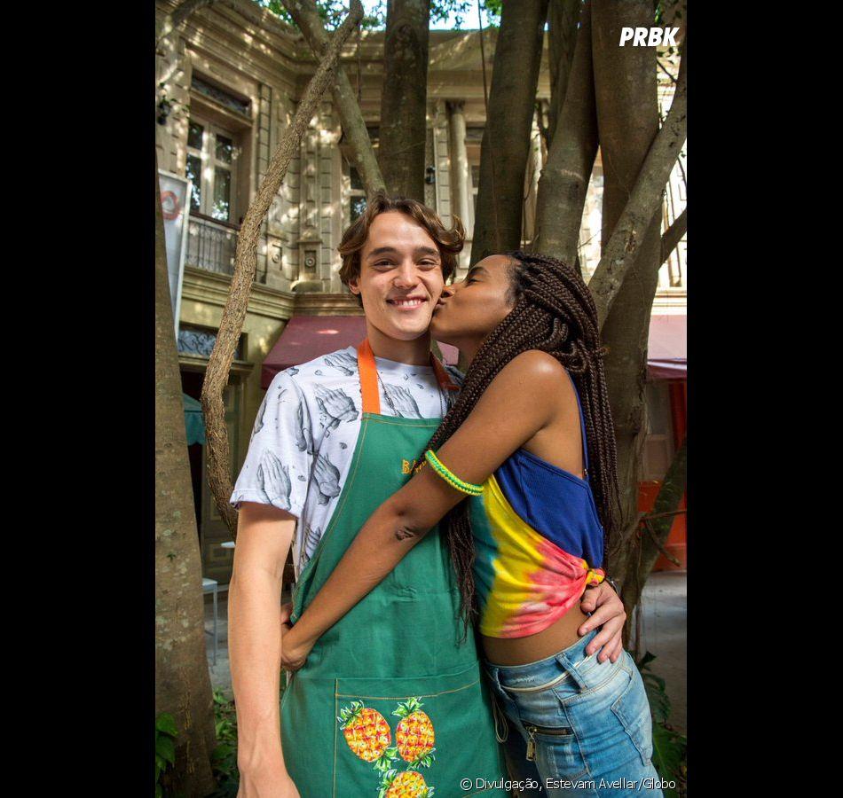 """""""Malhação"""": recentemente, foi ao ar o primeiro beijo de Jaque (Gabz) e Thiago (Danilo Maia)"""