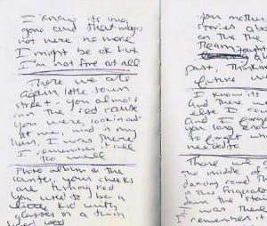 """Os diários tem até os primeiros rascunhos da letra de """"All Too Well"""", escrita por Taylor Swift sobre o relacionamento com Jake Gyllenhaal"""