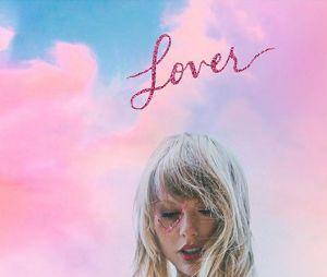 """Taylor Swift liberou várias páginas de seus diários junto com a versão deluxe do álbum """"Lover"""""""