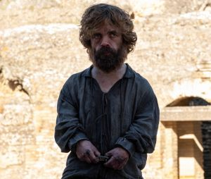 """Game of Thrones"": como Tyrion (Peter Dinklage) foi de personagem mais inteligente para um total burro?"