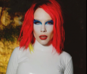Dia das Bruxas: Halsey usou fantasia de Marilyn Manson