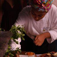 Veganismo negro: a chef de cozinha Thallita Flor explica como funciona esse movimento de inclusão