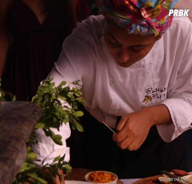 Veganismo negro: a chef de cozinha Thallita Flor explica como parar de comer qualquer alimento de origem animal não é algo inacessível