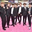 BTS posa notapete vermelho do Billboard Music Awards 2017