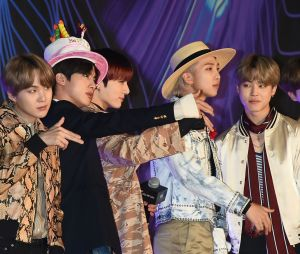 BTS posa no Mnet Asian Music Awards 2019