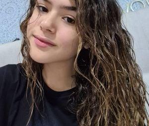 Confira o texto emocionante que Maisa escreveu para o cabelo em transição no Instagram