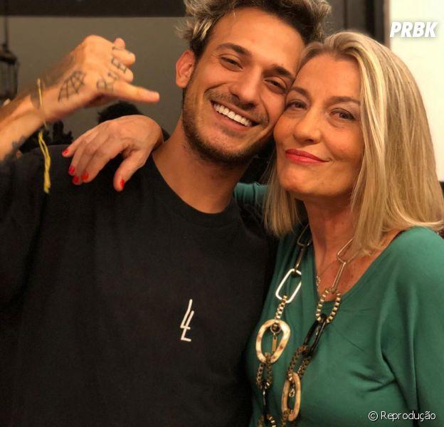 """""""De Férias com o Ex Brasil"""", 6ª temporada:Regina Adamovich, mãe de Igor, entra no reality show da MTV"""