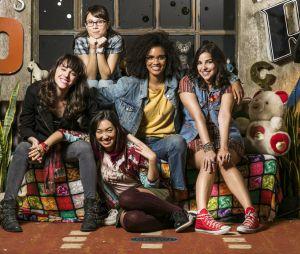 """""""As Five"""": Ellen (Heslaine Vieira) está noiva no spin-off de """"Malhação"""""""