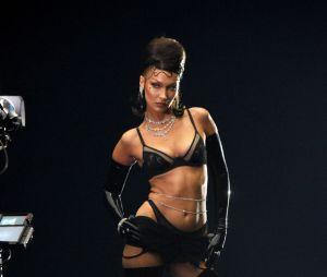 """""""Savage x Fenty Show Vol. 2"""": Bella Hadid e mais famosos participaram do desfile da Rihanna"""