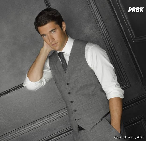 """Daniel (Josh Bowman) levou um tiro no último episódio de 2014 de """"Revenge""""!"""
