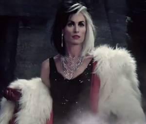 """Cruella (Victoria Smurfit), Malévola (Kristin Bauer) e Úrsula (Merrin Dungey) vão fazer maldades em """"Once Upon a Time"""""""