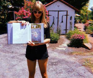 """Taylor Swift relata que álbum """"Fearless"""" foi feito em um momento de compartilhamento e crescimento com os fãs"""