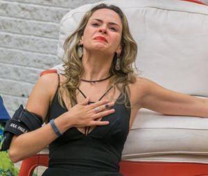 """Ana Paula, do """"BBB16"""", marcou a edição com sua saída fake do programa em um paredão falso"""