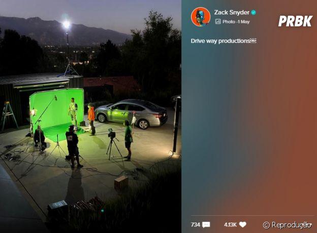 """Zack Snyder compartilha foto de Lanterna Verde no set de """"Liga da Justiça"""""""