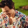 O sorriso do Harry Styles é completamente apaixonante