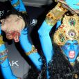 A modelo Heidi Klum se fantasiou como a deusa indiana da destruição, Kali, no Halloween