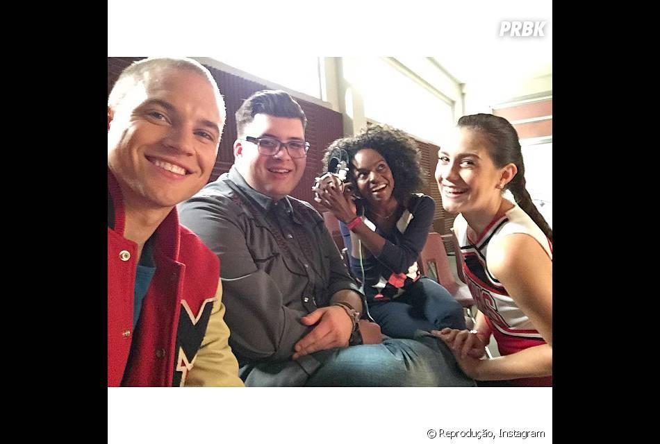 """As novas carinhas de """"Glee"""" já postaram várias fotos caracterizados no set"""