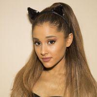 Ariana Grande se prepara para entrar em 2015 com um clipe novinho em folha!