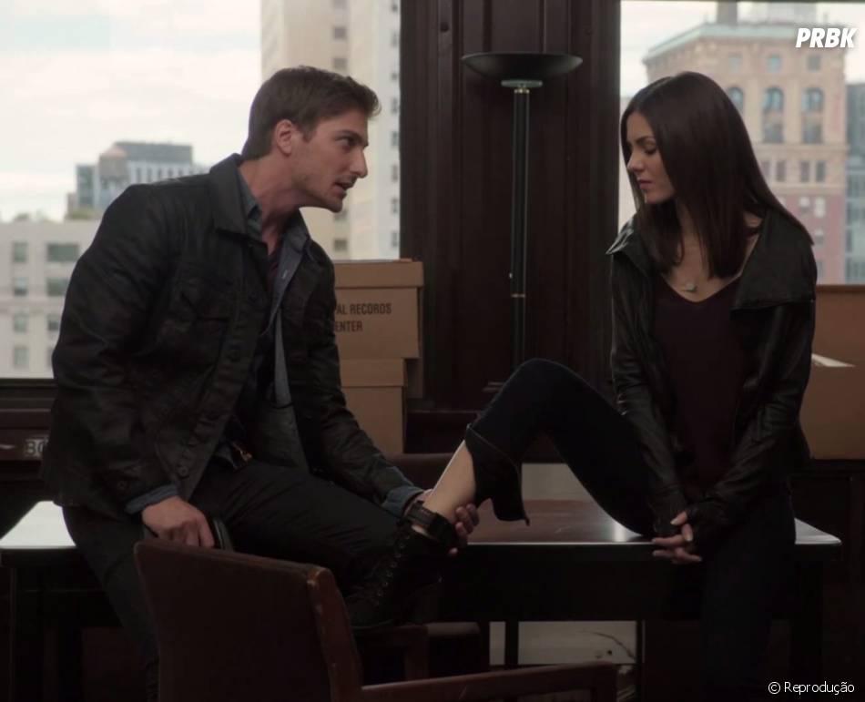 "Em ""Eye Candy"", Lindy (Victoria Justice) é apaixonada pelo policial Ben (Daniel Lissing)"