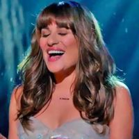"Em ""Glee"": Assista a cena completa de ""Let it Go"" na voz de Lea Michele!"