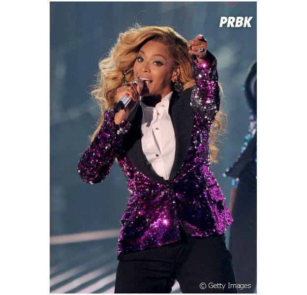 Beyoncé posta foto no Instagram e levanta rumores sobre nova gravidez.