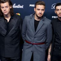"One Direction ganha Disco de Platina pelo álbum ""Four"", do hit ""Steal My Girl"", nos EUA!"